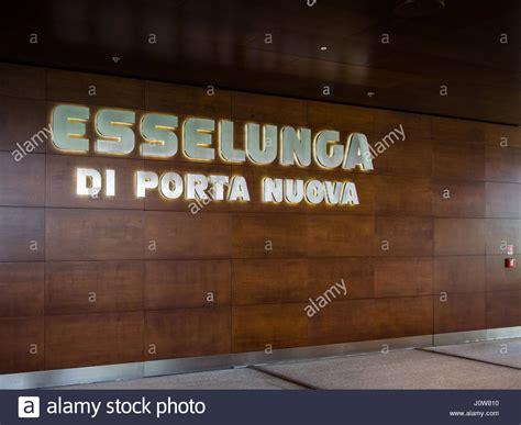 esselunga porta nuova checkout aisle stock photos checkout aisle stock images