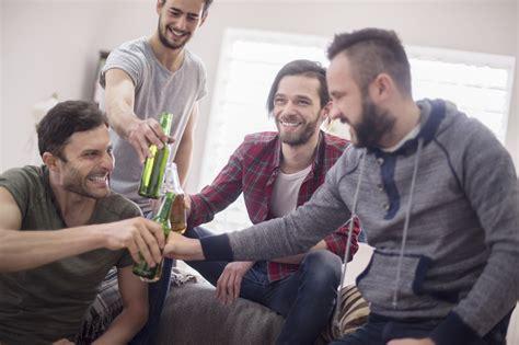 hombres amigos amistad en linea lo que las mujeres no entienden de la amistad entre