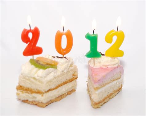 torta con candele due torte con 2012 in candele immagine stock immagine di