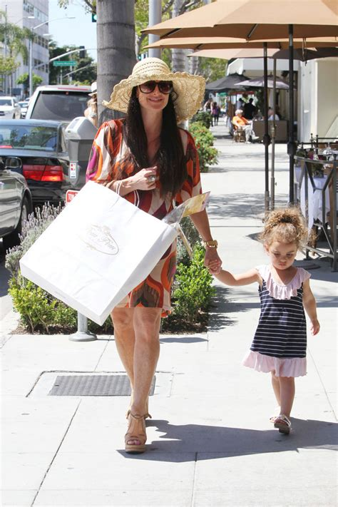 real housewives of beverly hills kyle richards addresses kims kyle richards in kyle richards in beverly hills zimbio