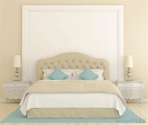 what is a bed skirt what is the difference between a dust ruffle and bed skirt