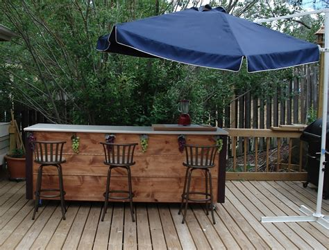 build a backyard bar building outdoor bar ideas