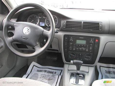 Passat 2002 Interior by 2002 Volkswagen Passat Gls Wagon Grey Dashboard Photo