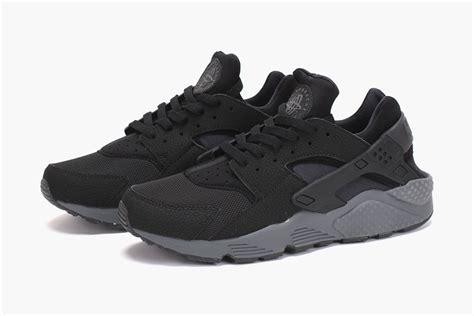 Nike Huarache Black by Nike Air Huarache Black Black Grey Sojones
