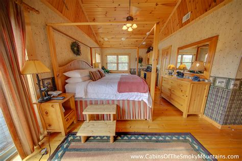 10 bedroom cabins in gatlinburg tn 10 bedroom cabins in gatlinburg tn pigeon forge cabin fox