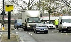 bbc news | uk | speed cameras 'not on worst roads'