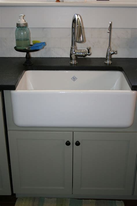 Rohls Shaw Apron Front Farmhouse Sink Shaw Sinks Apron Front Sink With Backsplash