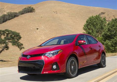Toyota Corolla Dimensions 2014 2014 Toyota Corolla Review Specs Pictures Mpg