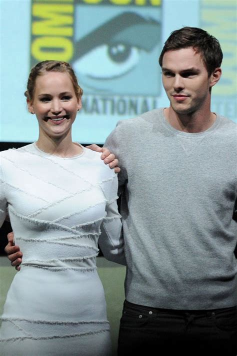 Top 20 Bar Songs Jennifer Lawrence And Nicholas Hoult Photo