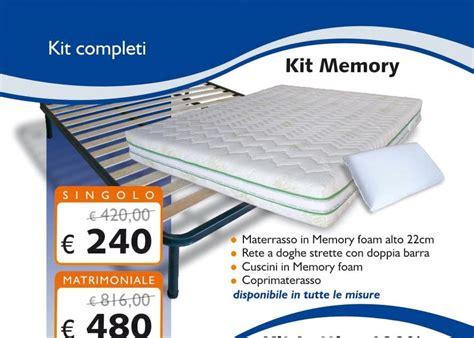 materasso in memory kit in memory foam con materasso 22 cm rete cuscini