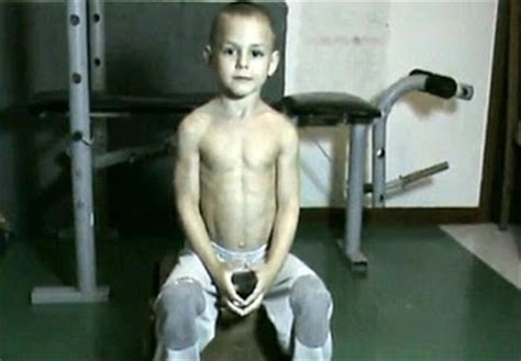 richard sandrak bench press 5 year old with 6 pack child bodybuilder in record books