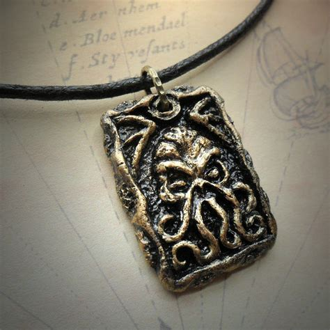 collection cthulhu gifts and accessories cthulhu jewellery