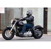 MOTORCYCLE REVIEW 2012/2013 Harley Davidson Softail