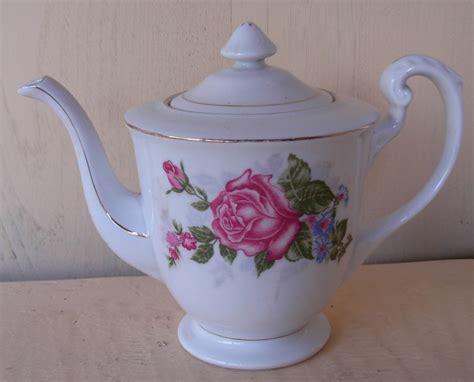Antique Tea Set Teko Tempat Gula Tempat Tea Set 14372 Ixi tea set quot big roses quot sold