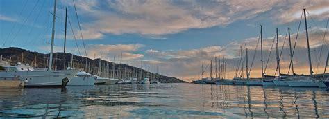 porto marina degli aregai imperia hotel aregai marina imperia 4 residence s stefano