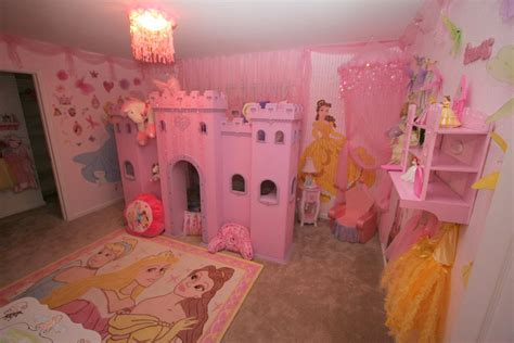 Princess Bedroom Decor by Dsny Home 1