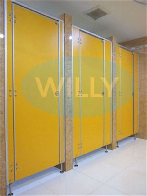Cheap Bathroom Partitions cheap bathroom partitions