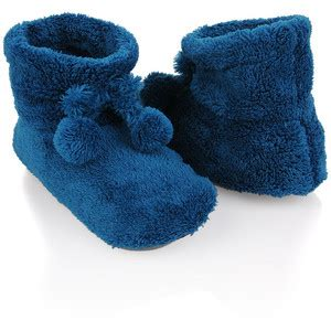 fuzzy house slippers fuzzy house slippers forever 21 polyvore