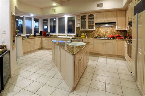 Loews Kitchen Cabinets by Ventana Canyon Drive Ventana Canyon Country Club