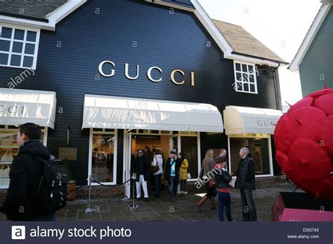 Cq Live Bicester Discount Designer Shopping by Bicester Shopping Designer Outlets Stock