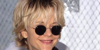 meg hairstyles 2013 2015 meg ryan s haircut was as iconic as the rachel huffpost