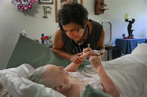 receive expert hospice home care with housecall providers