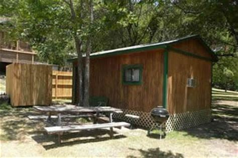 Guadalupe River Cabins by Guadalupe River Cabins Rentals Riverfront Cing Billy
