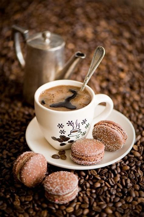 coffee wallpaper we heart it macaron not macaroon tumblr