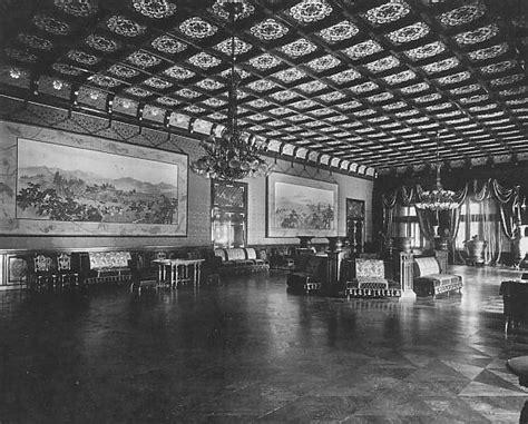 Japanese Palace Interior by The Tally Ho October 2011
