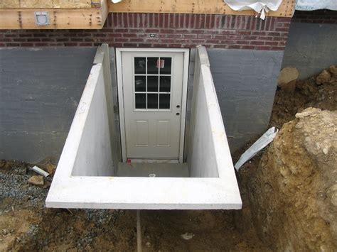 basement egress door entrance tips for construction