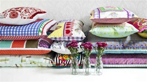 federe per cuscini divano federe per cuscini 60 x 60 allegra stoffa colorata
