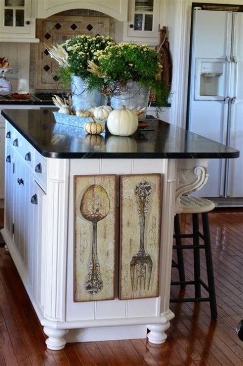 what to put on a kitchen island cozy and comfy fall kitchen decor ideas comfydwelling com