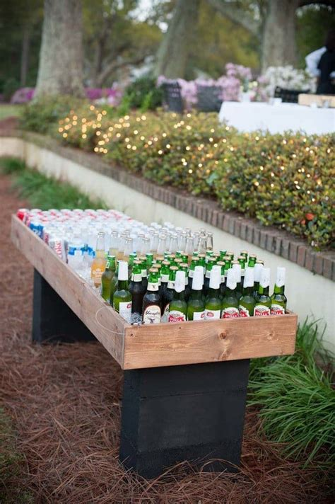 awesome ideas  throwing   garden party
