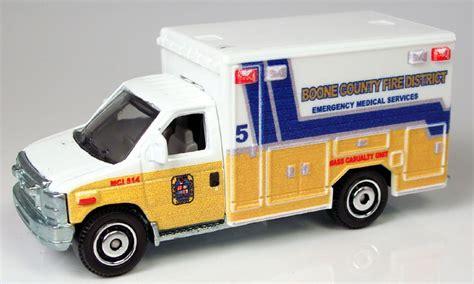 Matchbox 2009 Ford E 350 Ambulance mb771 ford e 350 ambulance