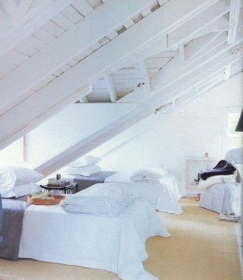 da letto mansardata 17 migliori idee su soffitti su soffitto della