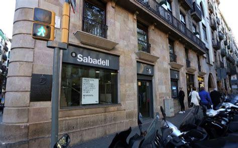oficina banc sabadell banco sabadell recolocar 225 a parte de la plantilla afectada