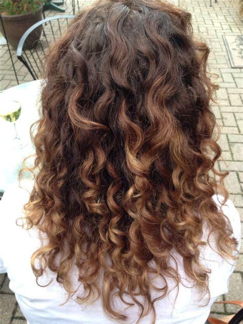 curly hairstyles ombre mechas californianas 105 ideas y propuestas para rubias