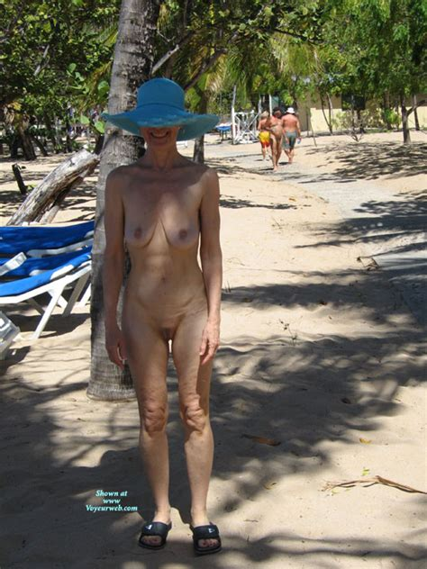 Nude Wife Mature Beauty Blue Hat November Voyeur Web