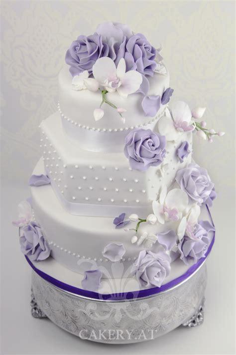 Hochzeitstorte Violett by Violet The Cakery Torten Der Besonderen