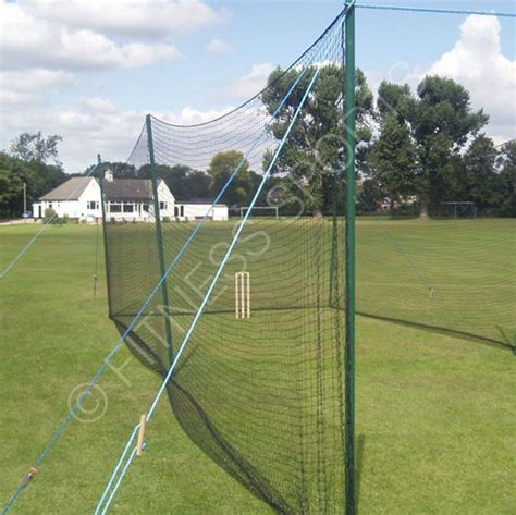 backyard cricket nets as 25 melhores ideias de cricket nets no pinterest cr 237 quete