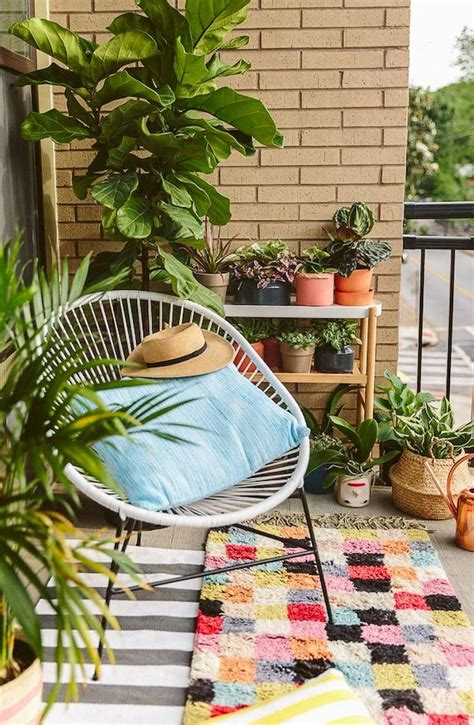 small balcony decorating ideas on a budget best 25 apartment balcony decorating ideas on