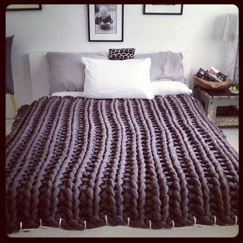 T Shirt Material Comforter by How To Make Chunky Knitted Blankets Craft Projects For