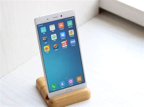 xiaomi mi5 xiaomi mi5 revealed in new hands on video