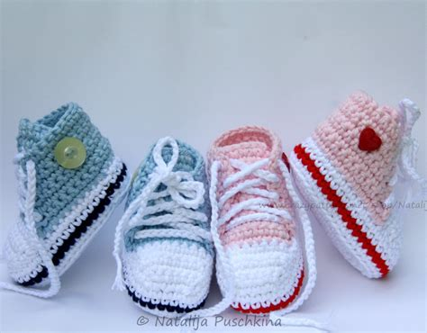 crochet baby shoes baby booties tennis shoes crochet pattern with photos