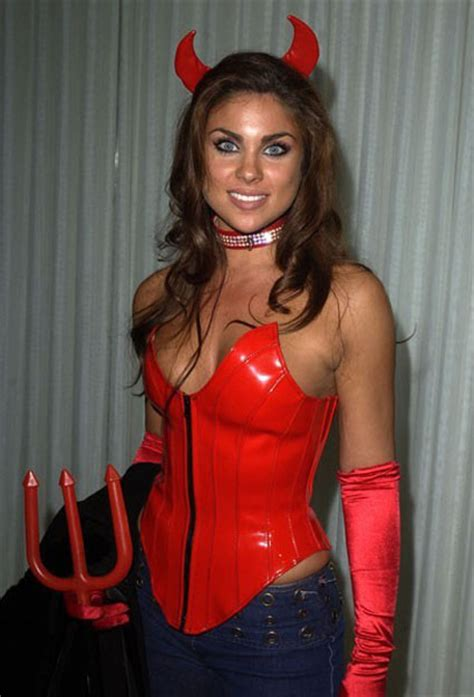 Oceans Twelve iran politics club nadia bjorlin sexy iranian actress