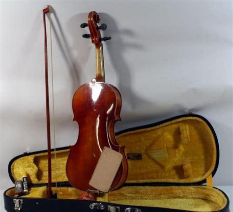 Kiso Suzuki Violin 57 Kiso Suzuki Violin Lot 57