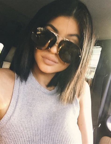 how to get kylies short hair kylie jenner can spend 40 minutes perfecting her plump