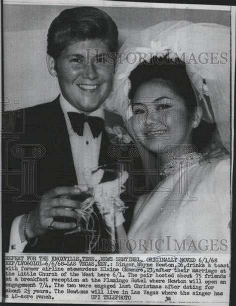 Elaine Okamura Also Search For 1968 Press Photo Singer And Entertainer Wayne Newton And New Elaine Okamura