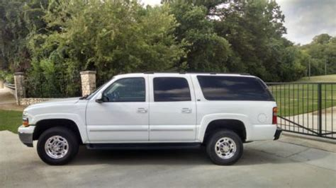 how cars engines work 2003 chevrolet suburban 2500 auto manual purchase used 2003 chevrolet suburban 2500 lt 4wd 6 0l one owner low miles in dallas texas