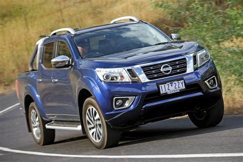 nissan navara 2017 2017 nissan navara series 2 pricing and specs loaded 4x4